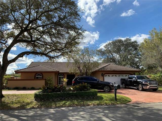 9290 NW 14th Ct, Coral Springs, FL 33071 (MLS #F10268050) :: The Jack Coden Group