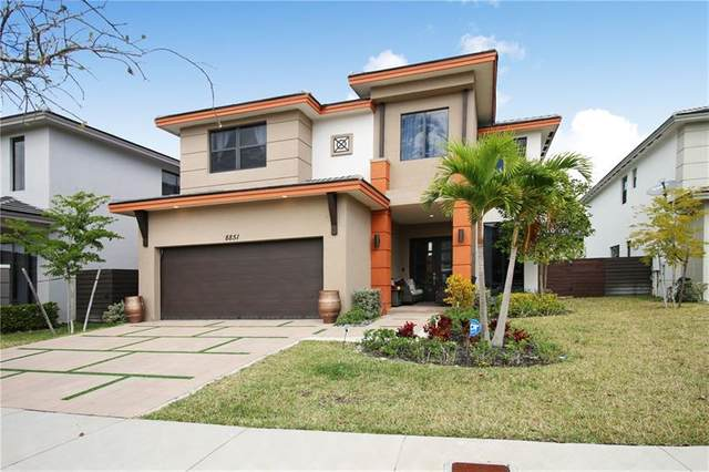 8851 NW 160 TER, Miami Lakes, FL 33018 (MLS #F10270966) :: Green Realty Properties