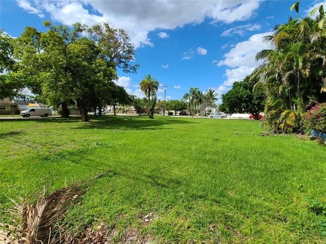 2342 Mckinley St, Hollywood, FL 33020 (MLS #F10272926) :: The Jack Coden Group