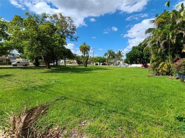 2342 Mckinley St, Hollywood, FL 33020 (#F10273968) :: Posh Properties