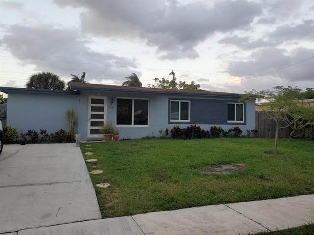 5641 SW 38th Street, Davie, FL 33314 (MLS #F10274747) :: The Howland Group