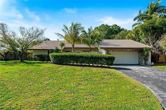 9800 SW 2ND ST, Plantation, FL 33324 (MLS #F10276206) :: The Paiz Group