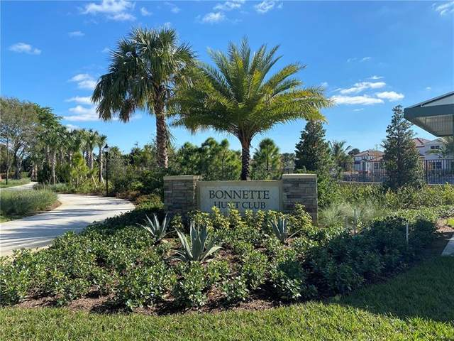 105 Bonnette Hunt Club Ln, Palm Beach Gardens, FL 33418 (MLS #F10277254) :: The Paiz Group