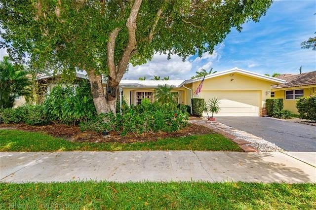 2105 NE 67th St, Fort Lauderdale, FL 33308 (MLS #F10277583) :: The Jack Coden Group