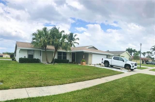 8440 Theresa Rd, Boynton Beach, FL 33472 (MLS #F10277936) :: The Jack Coden Group