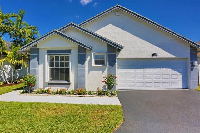 4497 NW 99th Way, Sunrise, FL 33351 (MLS #F10278177) :: Berkshire Hathaway HomeServices EWM Realty