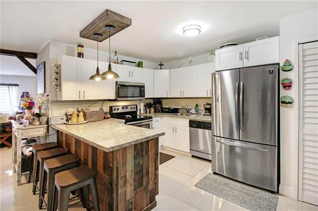 3370 Beau Rivage Dr V3, Pompano Beach, FL 33064 (MLS #F10281430) :: Berkshire Hathaway HomeServices EWM Realty