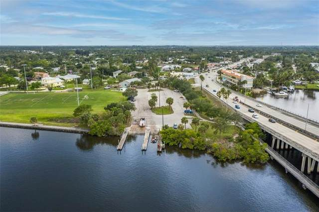 2624 SW Conch Cove Ln, Palm City, FL 34990 (#F10282714) :: Posh Properties