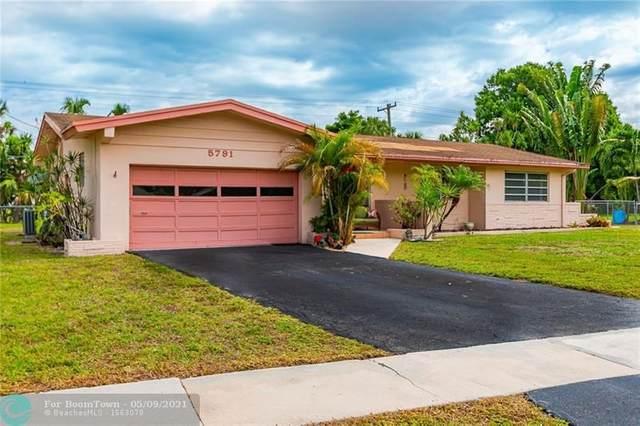 5791 Pine Ter, Plantation, FL 33317 (MLS #F10283633) :: Patty Accorto Team