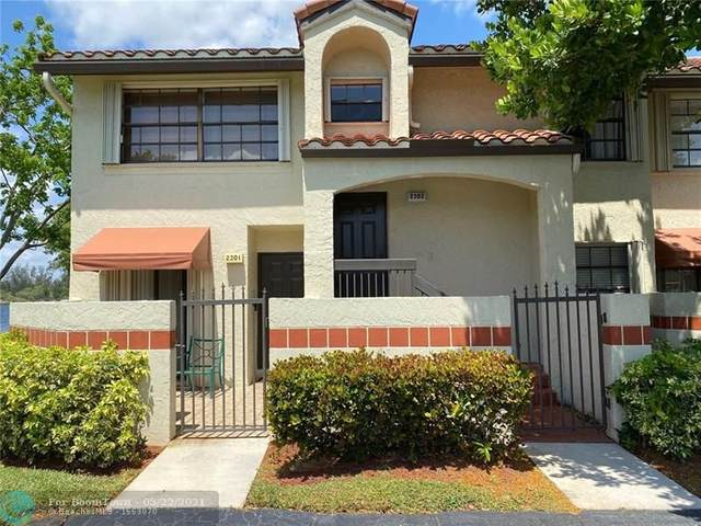 2302 Congressional Way Corner, Deerfield Beach, FL 33442 (MLS #F10285544) :: Berkshire Hathaway HomeServices EWM Realty