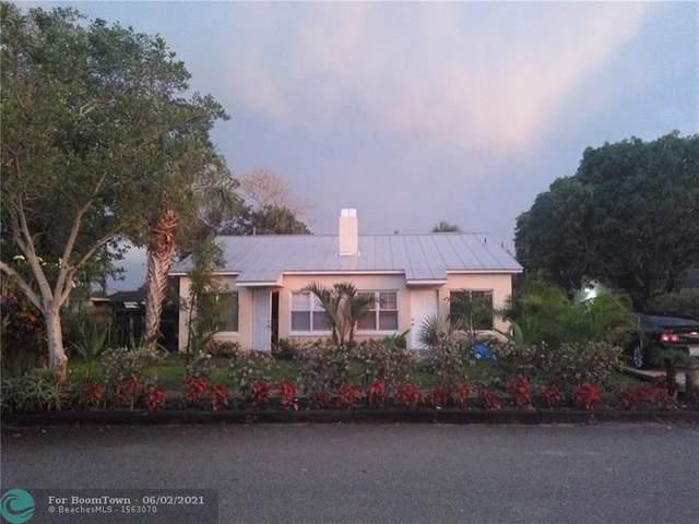 1112 NE Stuart     Street, Jensen Beach, FL 34957 (#F10287223) :: The Rizzuto Woodman Team