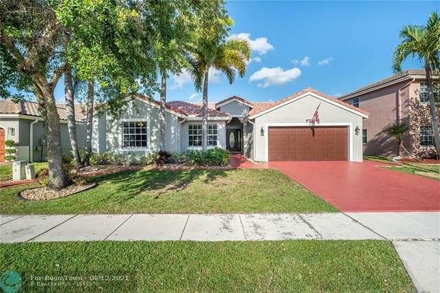 215 SW 198th Ter, Pembroke Pines, FL 33029 (MLS #F10288566) :: Berkshire Hathaway HomeServices EWM Realty