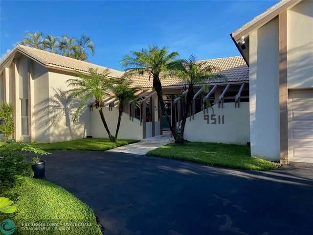 9511 Conch Shell Mnr, Plantation, FL 33324 (MLS #F10300008) :: Berkshire Hathaway HomeServices EWM Realty