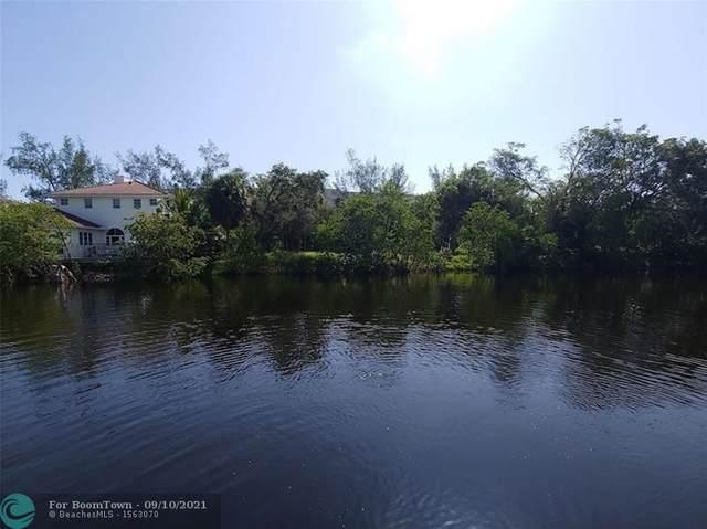 544 NE 8th Ave, Deerfield Beach, FL 33441 (#F10300211) :: Dalton Wade
