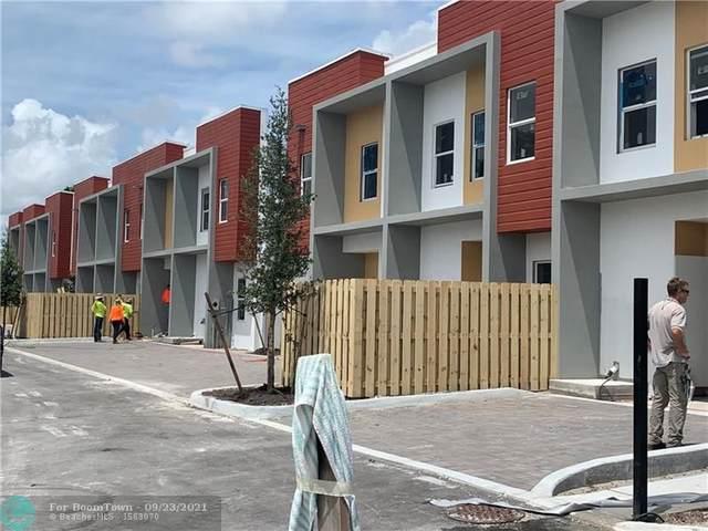 309 Foster Rd #7, Hallandale Beach, FL 33009 (MLS #F10300722) :: Castelli Real Estate Services
