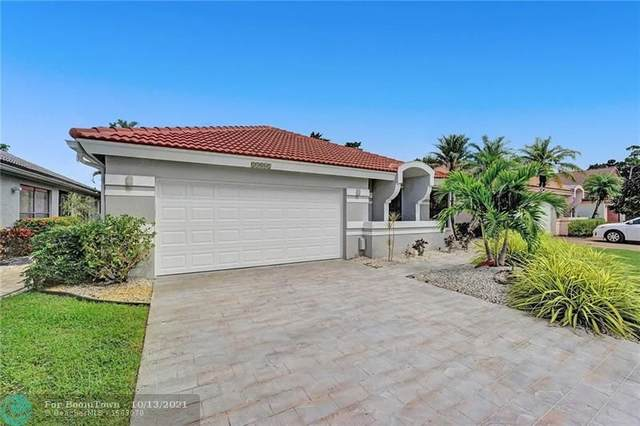 11061 Clover Leaf Cir, Boca Raton, FL 33428 (MLS #F10303830) :: Castelli Real Estate Services