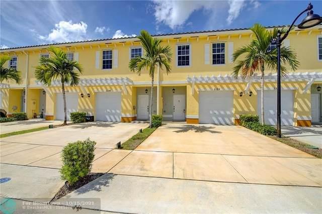 1121 NW 41st Ln #1121, Lauderhill, FL 33313 (MLS #F10304161) :: Castelli Real Estate Services
