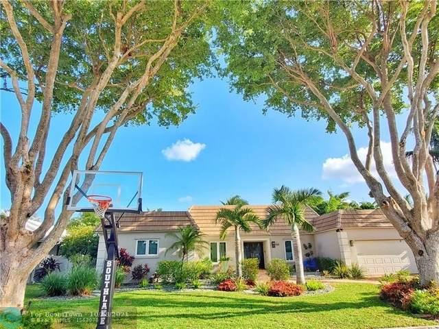 930 Jefferson St, Hollywood, FL 33019 (MLS #F10304281) :: Castelli Real Estate Services