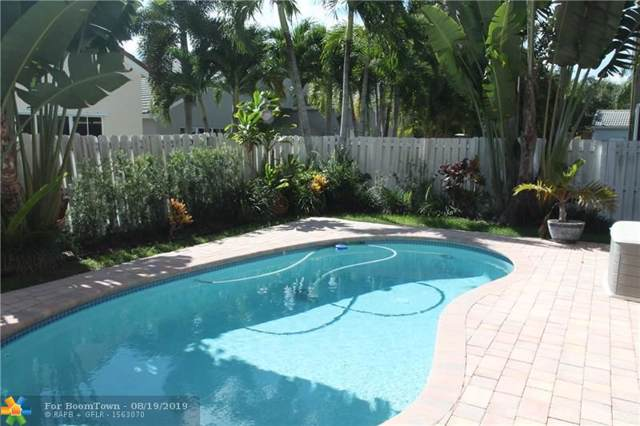629 Carrington Dr, Weston, FL 33326 (MLS #F10186389) :: Berkshire Hathaway HomeServices EWM Realty