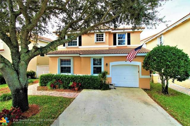 4941 SW 153rd Ave, Davie, FL 33331 (MLS #F10216303) :: United Realty Group