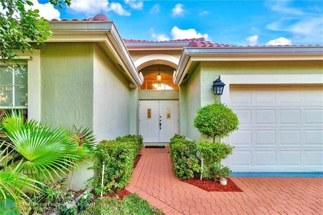 9476 Fox Trot Ln, Boca Raton, FL 33496 (MLS #F10262272) :: Berkshire Hathaway HomeServices EWM Realty