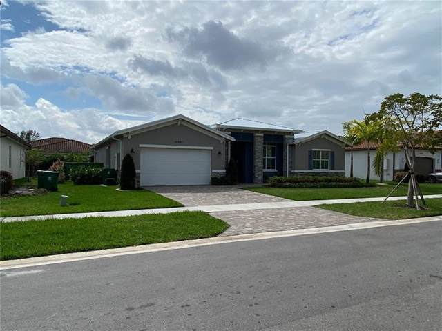 10450 Ranchette Dr, Cooper City, FL 33328 (MLS #F10271790) :: Green Realty Properties