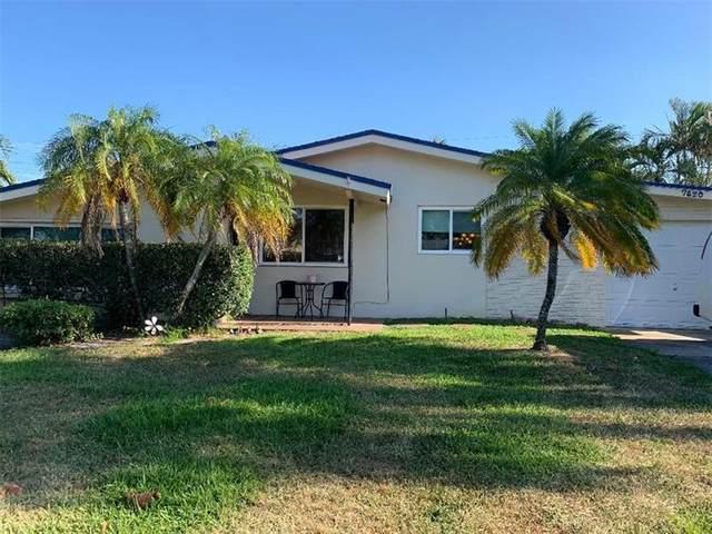 7820 NW 13th St, Pembroke Pines, FL 33024 (MLS #F10278442) :: The Paiz Group