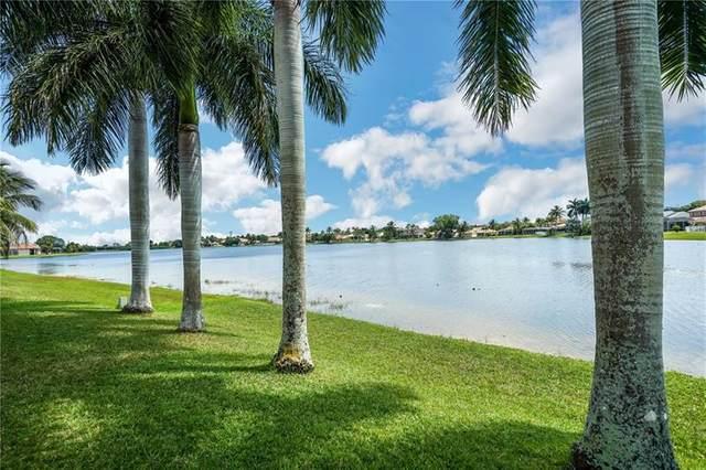 694 Heritage Dr, Weston, FL 33326 (MLS #F10280161) :: The Paiz Group