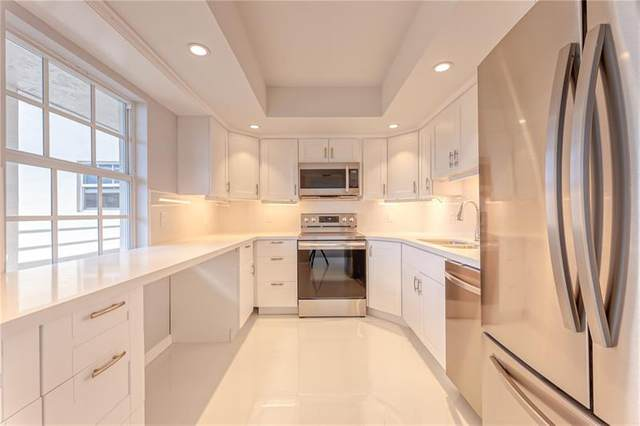 555 Oaks Ln #411, Pompano Beach, FL 33069 (#F10281596) :: Posh Properties