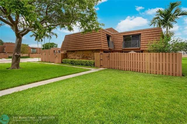 2576 N Lakeview Ct, Cooper City, FL 33026 (MLS #F10283823) :: Green Realty Properties