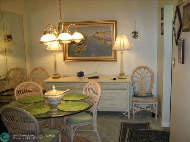 806 SE 7th Street #407, Deerfield Beach, FL 33441 (MLS #F10285622) :: Berkshire Hathaway HomeServices EWM Realty