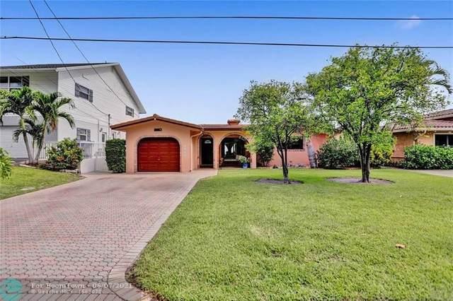 2447 SE 15th St, Pompano Beach, FL 33062 (#F10287340) :: Michael Kaufman Real Estate