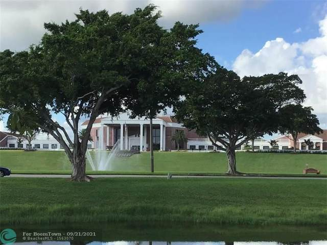 3156 Cambridge G #3156, Deerfield Beach, FL 33442 (MLS #F10300968) :: GK Realty Group LLC