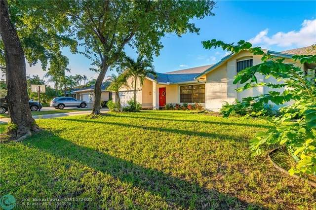 4825 NW 50th St, Coconut Creek, FL 33073 (MLS #F10304403) :: Castelli Real Estate Services