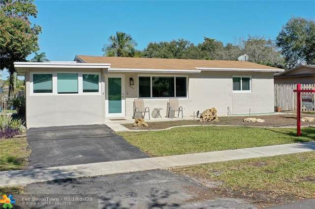 9409 SW 51st St, Cooper City, FL 33328 (MLS #F10214582) :: Green Realty Properties
