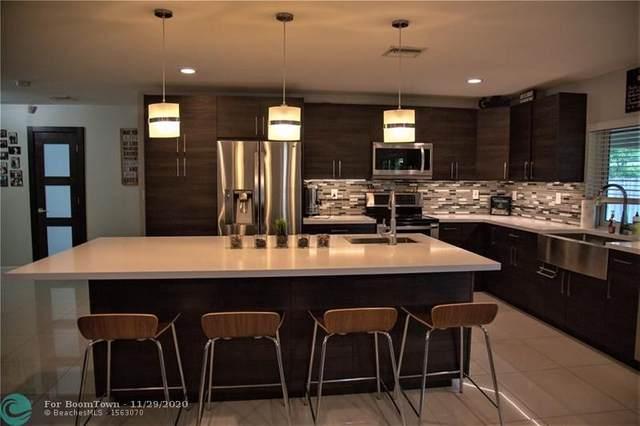 4311 Roosevelt St, Hollywood, FL 33021 (MLS #F10259890) :: Berkshire Hathaway HomeServices EWM Realty
