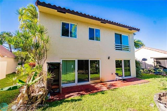 2025 Maplewood Dr, Coral Springs, FL 33071 (MLS #F10261085) :: THE BANNON GROUP at RE/MAX CONSULTANTS REALTY I