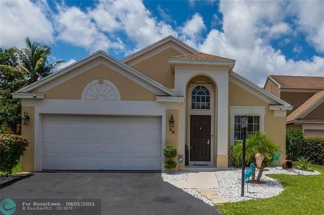 39 Teal Way, Boynton Beach, FL 33436 (MLS #F10293632) :: Castelli Real Estate Services