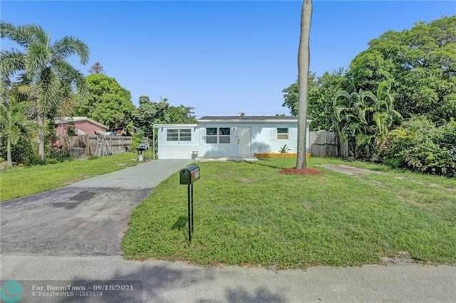 2574 NE 13th Ave, Pompano Beach, FL 33064 (MLS #F10298079) :: Adam Docktor Group