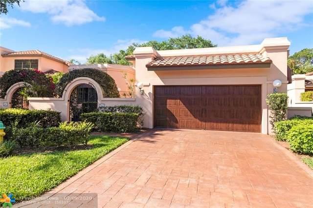 555 Via Genova, Deerfield Beach, FL 33442 (MLS #F10166177) :: Green Realty Properties