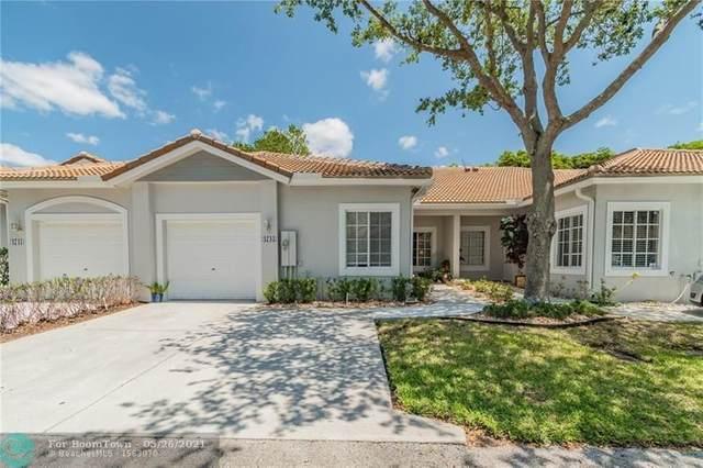 4735 SW 12th Place, Deerfield Beach, FL 33442 (MLS #F10285215) :: Berkshire Hathaway HomeServices EWM Realty