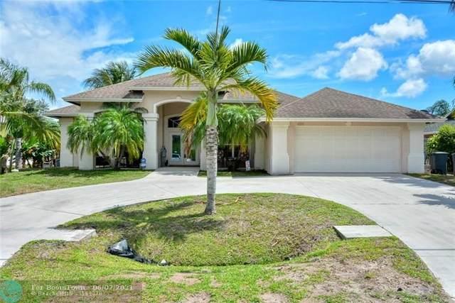 695 SE Whitmore Dr, Port Saint Lucie, FL 34984 (#F10287314) :: Michael Kaufman Real Estate
