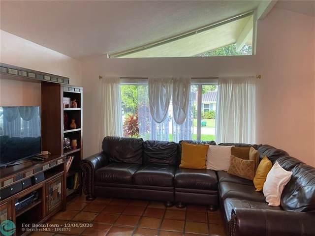 10660 NW 42nd Dr, Coral Springs, FL 33065 (MLS #F10248114) :: Berkshire Hathaway HomeServices EWM Realty