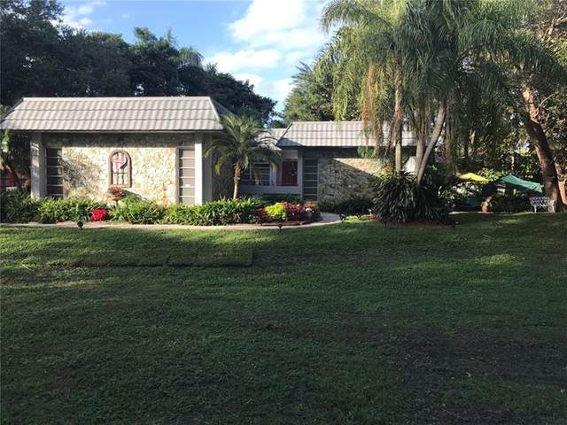 5901 SW 61st Ave, Davie, FL 33314 (#F10250767) :: Signature International Real Estate