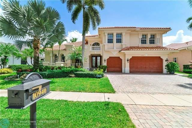 10940 SW Hawks Vista St, Plantation, FL 33324 (MLS #F10299507) :: Castelli Real Estate Services