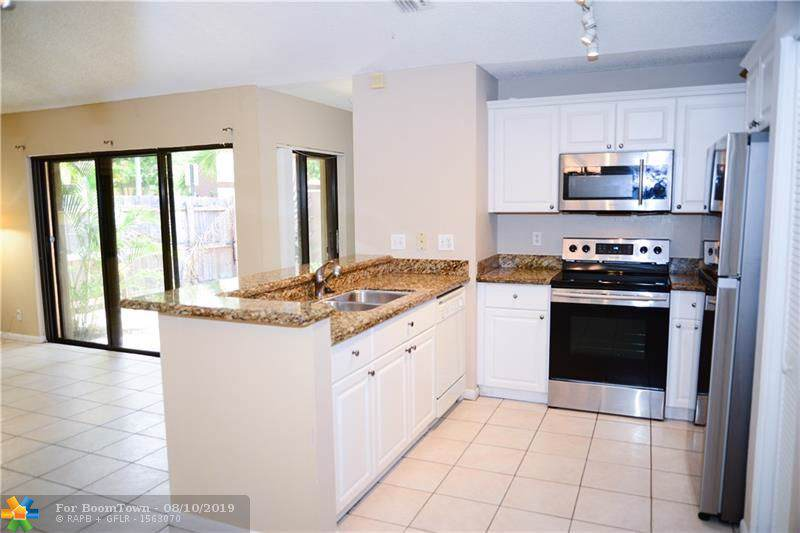 3074 Oakland Forest Dr - Photo 1