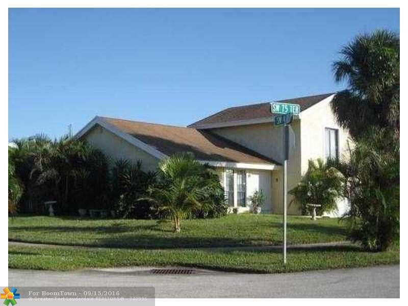 400 SW 75th Ter, North Lauderdale, FL 33068 (MLS #F10027298) :: United Realty Group