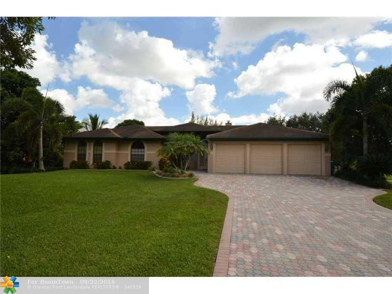 6590 SW 185th Way, Southwest Ranches, FL 33332 (MLS #F10032235) :: United Realty Group