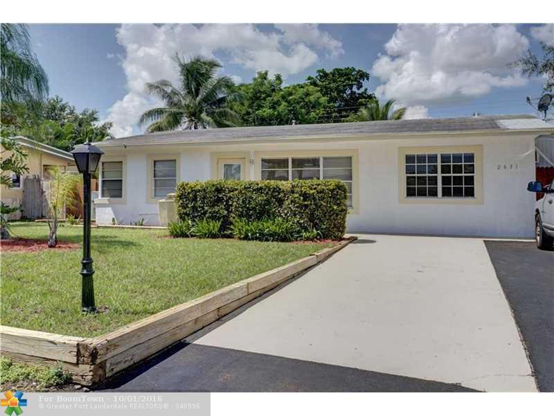 2631 NE 10th Ter, Pompano Beach, FL 33064 (MLS #F10033444) :: United Realty Group
