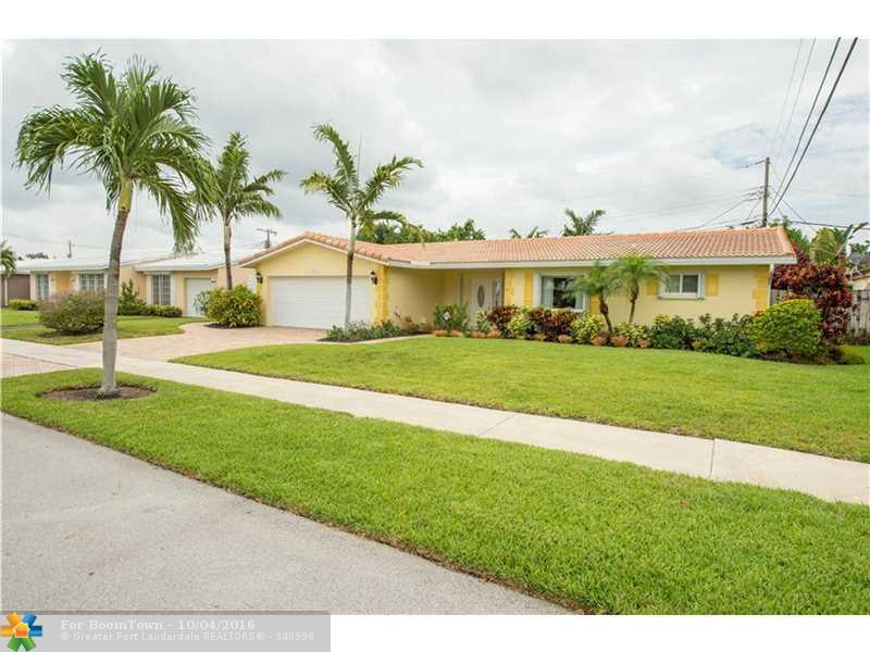 2106 NE 56th Pl, Fort Lauderdale, FL 33308 (MLS #F10033563) :: United Realty Group